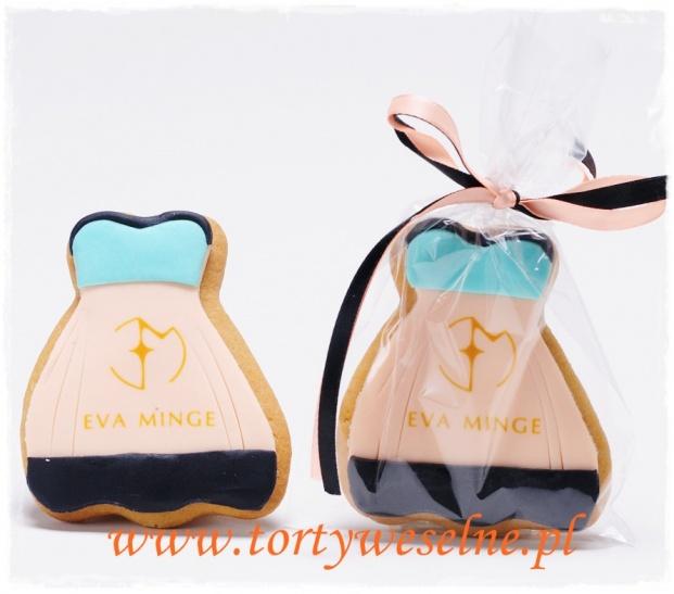 Ciastka sukienki z logo - zdjęcie 1