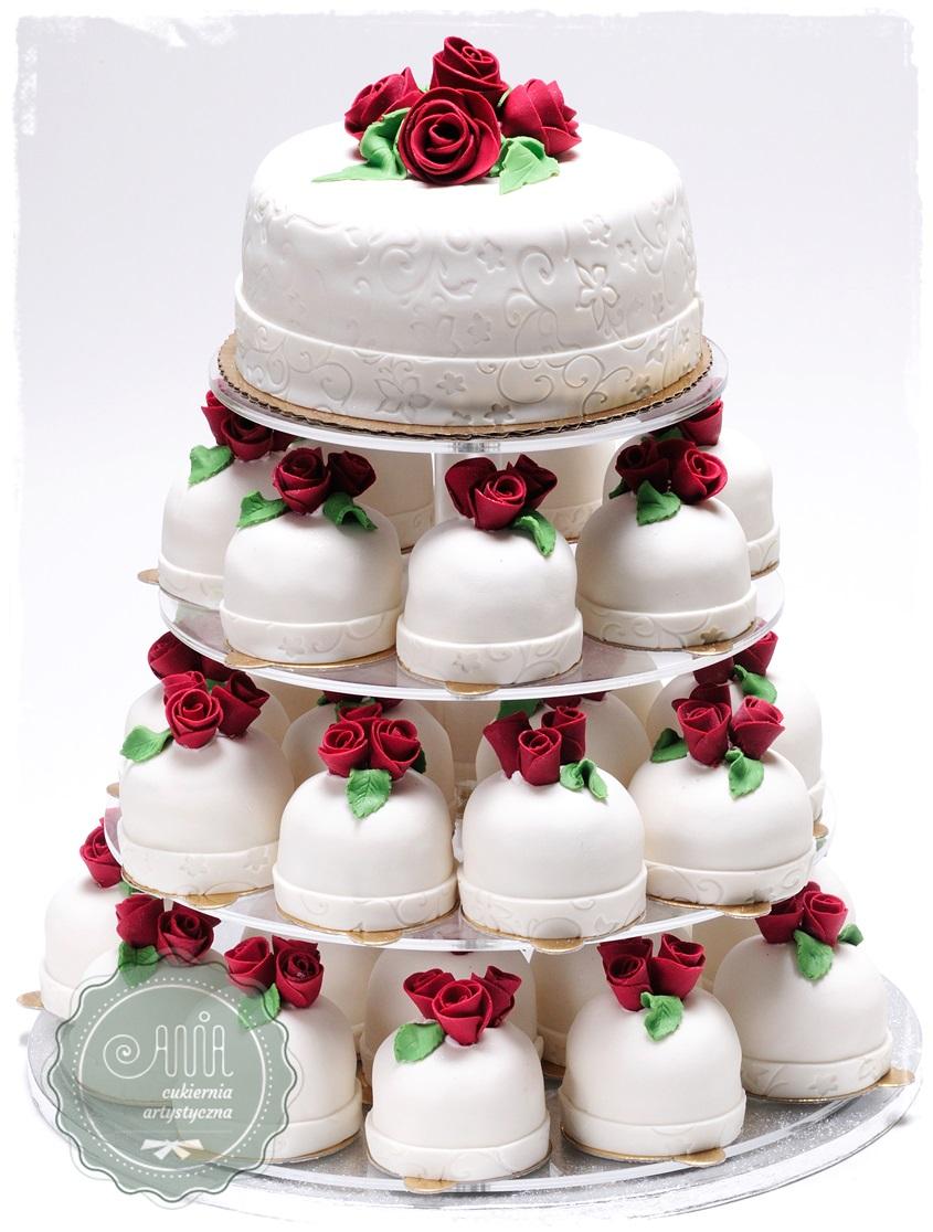 Cupcake Róże Bordowe - zdjęcie 1