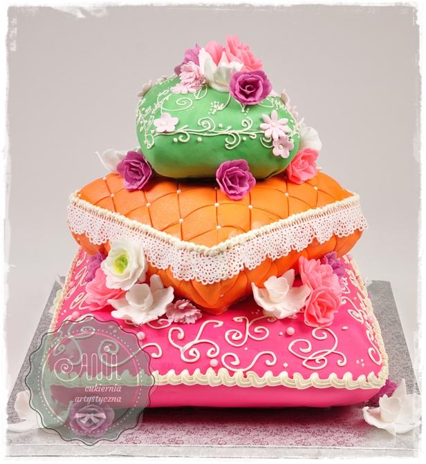 Tort Kolorowe Poduchy - zdjęcie 1